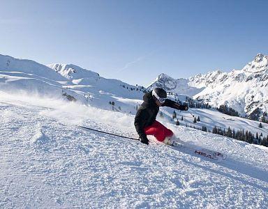 Low season ski pass incl. Free ski pass 4 Nights